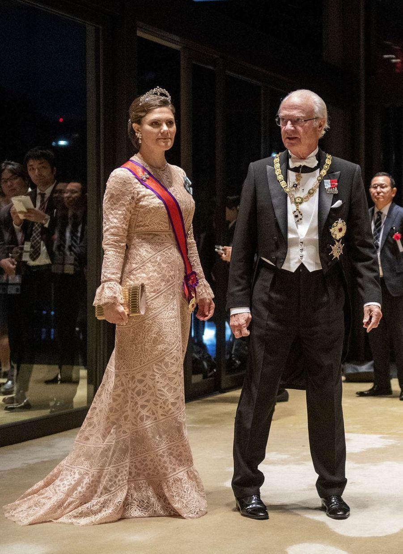 La princesse héritière Victoria et le roi Carl XVI Gustaf de Suède à Tokyo, le 22 octobre 2019