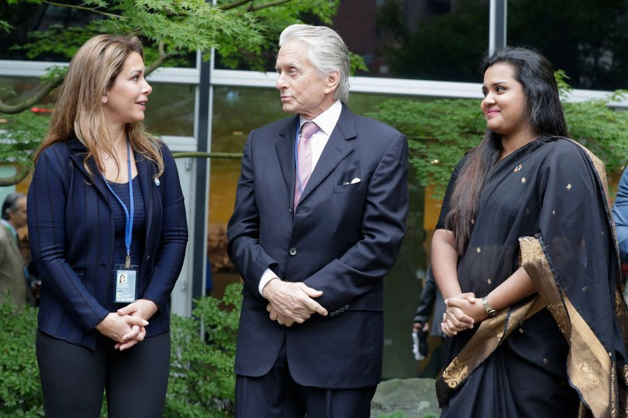 La princesse Haya de Jordanie avec Michael Douglas et Jayathma Wickramanayake à New York, le 21 septembre 2018