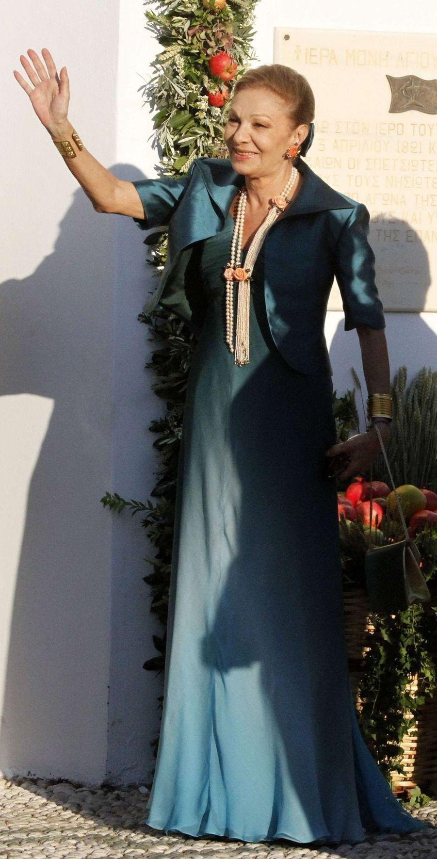 L'ancienne reine d'Iran Farah Diba sur l'île de Spetses, le 25 août 2010