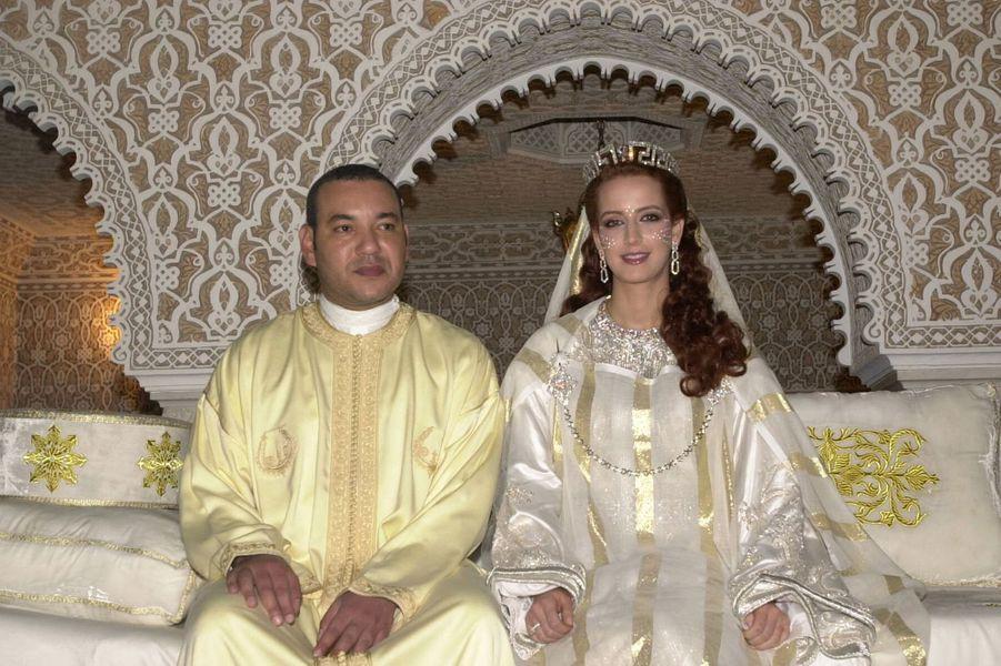 Le roi Mohammed VI du Maroc épouse Salma Bennani le 13 juillet 2002