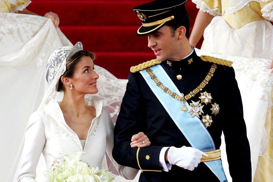 Le prince Felipe d'Espagne épouse Felipe Letizia Ortiz le 22 mai 2004