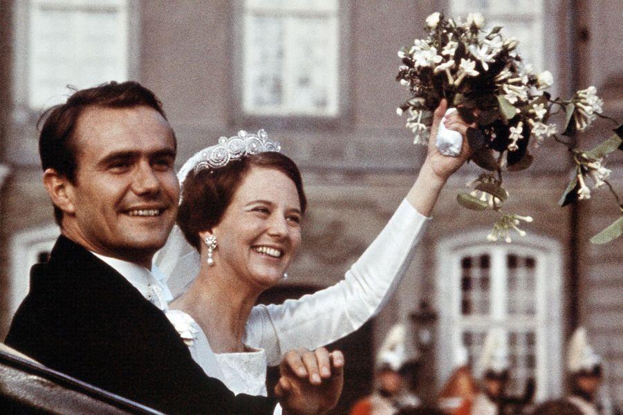 La princesse Margrethe de Danemark épouse Henri de Laborde de Monpezat le 10 juin 1967
