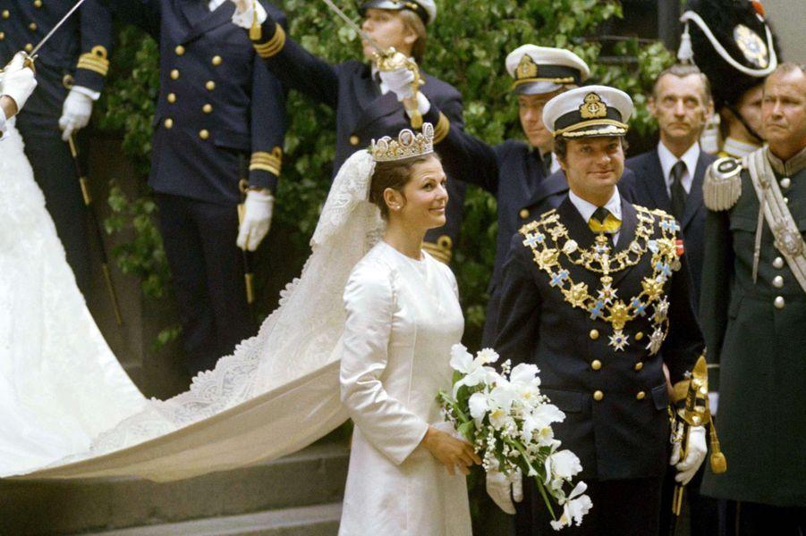 Le roi Carl XVI Gustaf de Suède épouse Silvia Sommerlath le 19 juin 1976