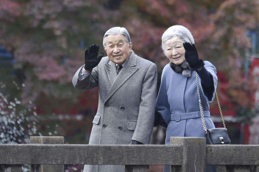 L'impératrice Michiko et l'empereur Akihito du Japon le 22 novembre 2017