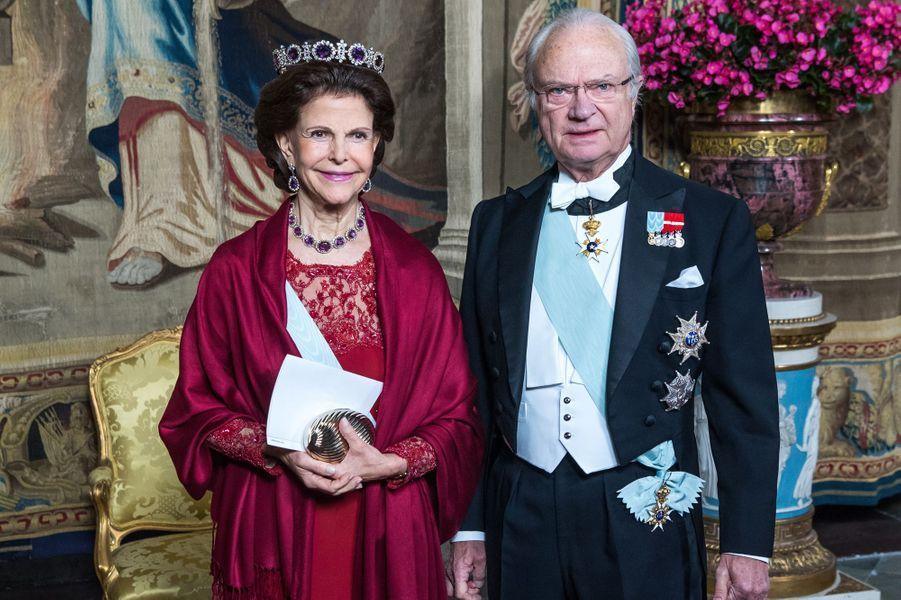 La reine Silvia et le roi Carl XVI Gustaf de Suède le 24 novembre 2017
