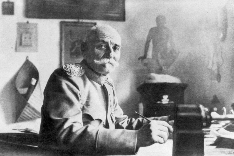 Le roi Paul Ier de Serbie (ici en 1914) régna sur la Serbie de 1903 à 1918 et sur les Serbes, Croates et Slovènes de 1918 au 18 août 1821
