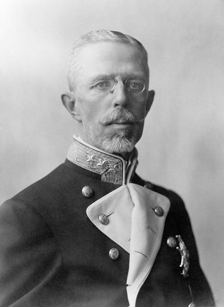 Le roi Gustaf V de Suède (ici en 1922) régna de 1907 à 1950