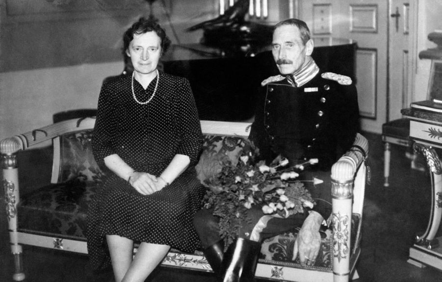 Le roi Christian X de Danemark (ici en 1920 avec la reine Alexandrine) régna de 1912 à 1947