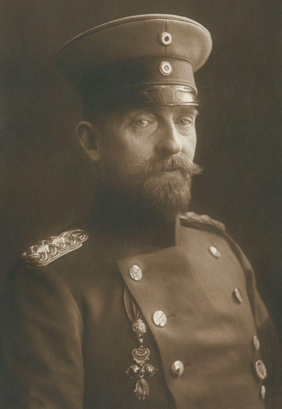 Le roi Ferdinand Ier de Roumanie (ici en 1915) régna de 1914 à 1927