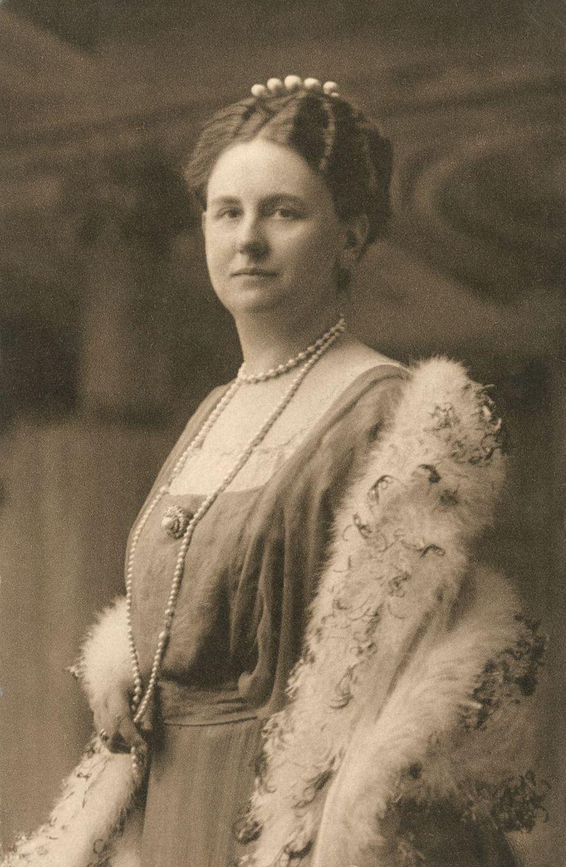 La reine Wilhelmine des Pays-Bas (ici en 1922) régna de 1890 à 1948
