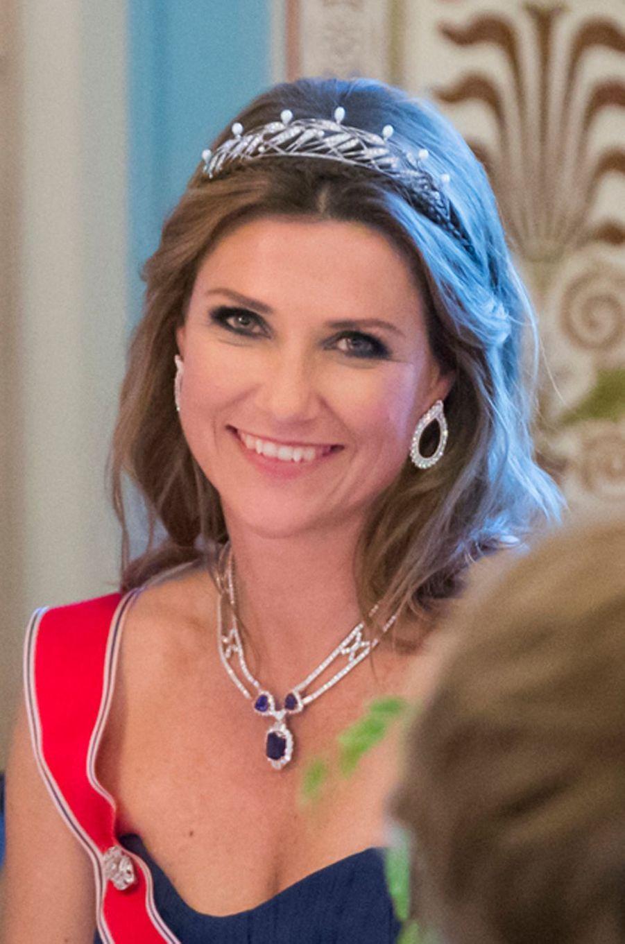 Le diadème de la princesse Märtha Louise de Norvège à Oslo le 9 mai 2017