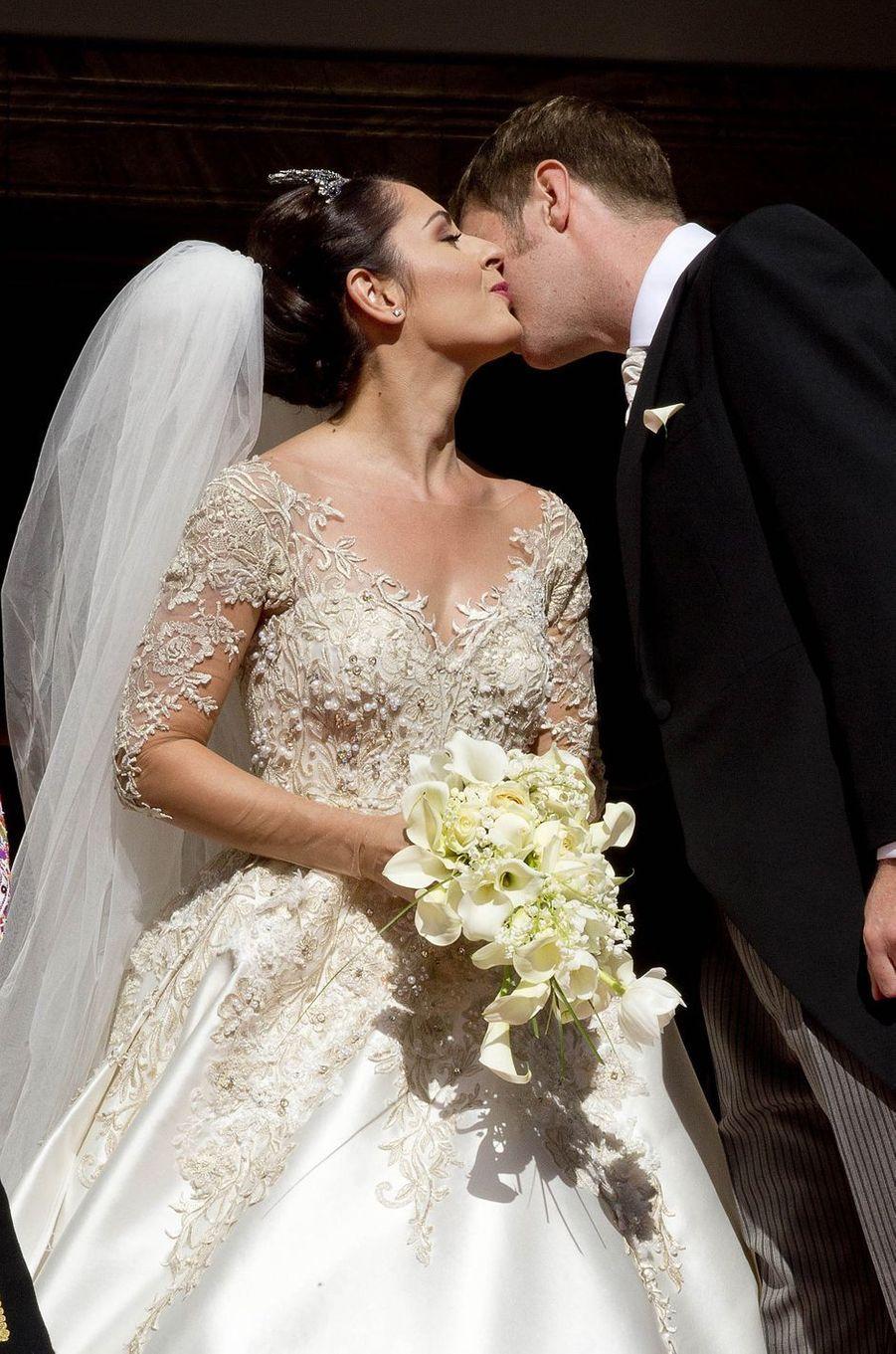 Royal Style – Elia d'Albanie, somptueuse mariée à Tirana