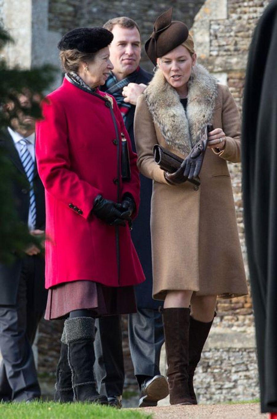 La princesse Anne, avec sa belle-fille Automn Philips à Sandringham, le 25 décembre 2014