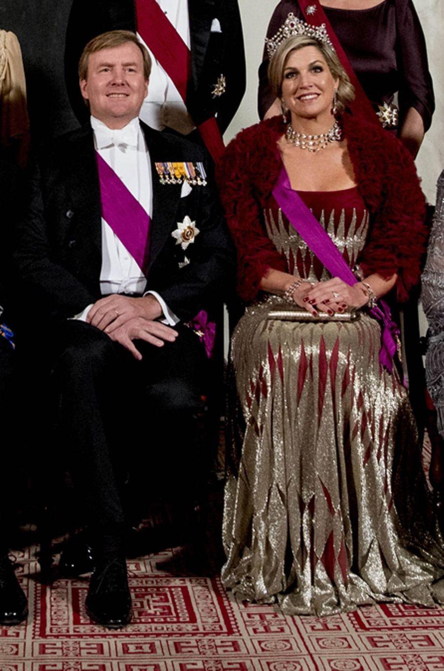 La reine Maxima des Pays-Bas dans une robe Jan Taminiau à Amsterdam, le 28 novembre 2016