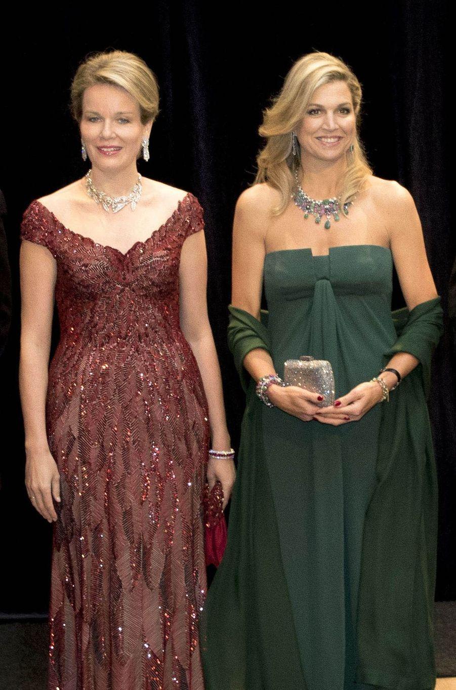 Les reines Mathilde de Belgique et Maxima des Pays-Bas à Amsterdam, le 29 novembre 2016