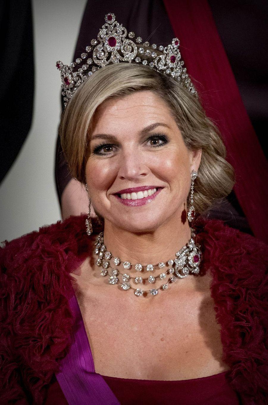 La reine Maxima des Pays-Bas parée du diadème Mellerio à Amsterdam, le 28 novembre 2016