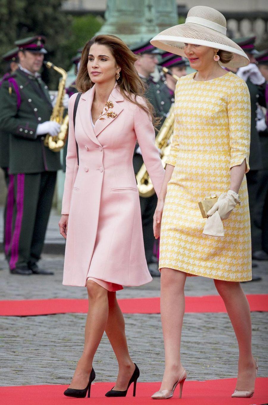 La reine Rania de Jordanie à Bruges avec la reine Mathilde de Belgique, le 19 mai 2016
