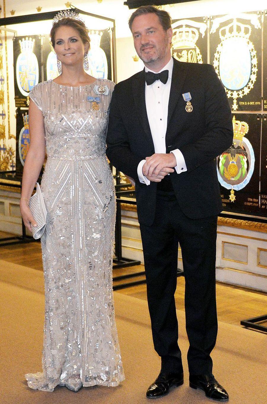 La princesse Victoria de Suède en Elie Saab, le 30 avril 2016