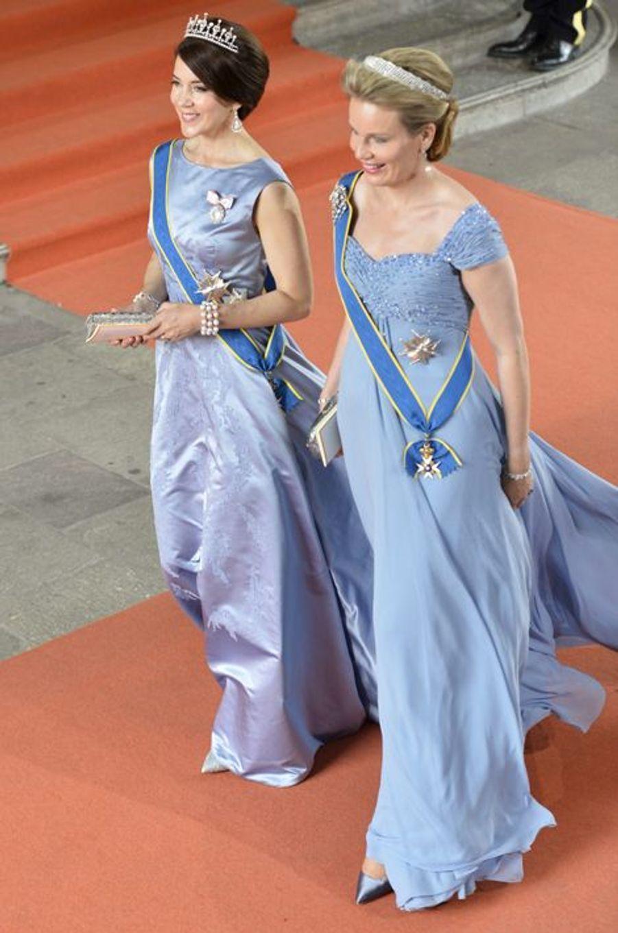 La princesse Mary de Danemark et la reine Mathilde de Belgique à Stockholm, le 13 juin 2015
