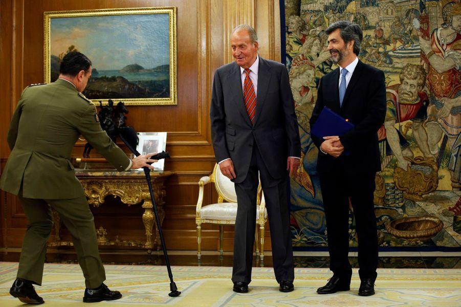 ... a reçu le président du Conseil de la magistrature, Carlos Lesmes Serrano, au palais de Zarzuela, lundi.