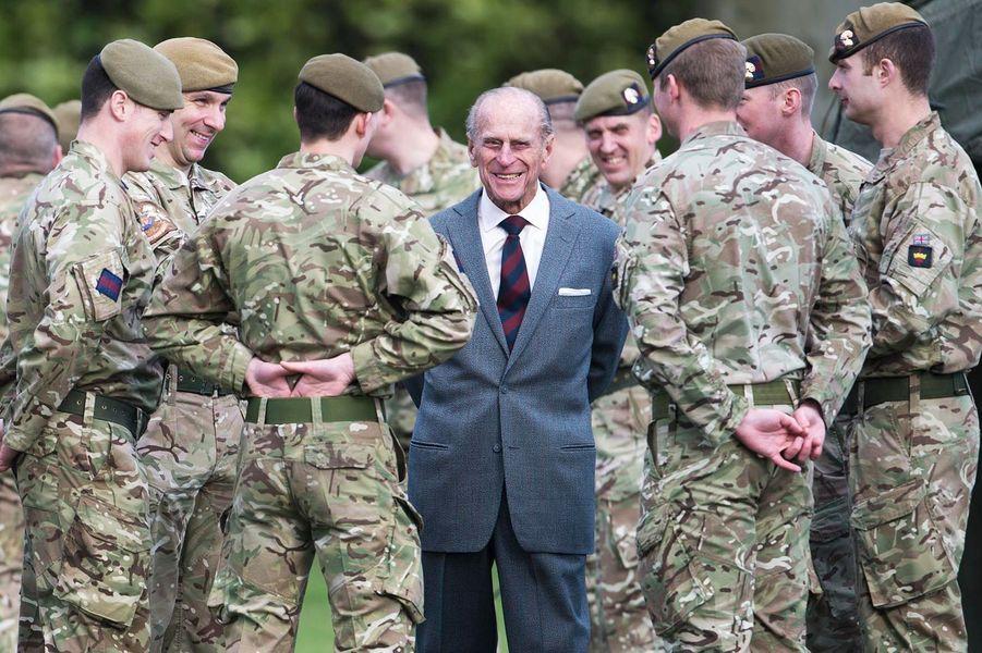 ... a rendu visite au 1er Bataillon de Grenadiers - dont il est colonel - mardi.