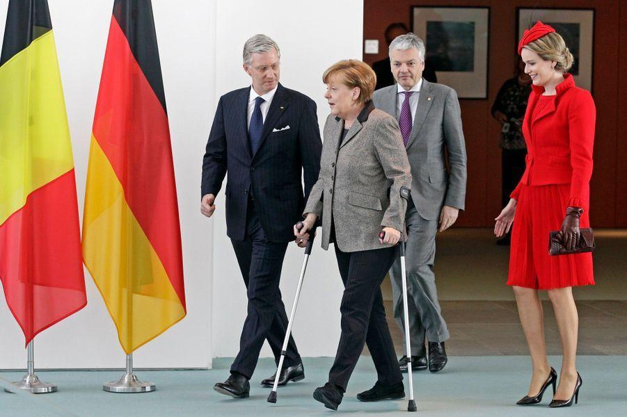 Le roi Philippe de Belgique et Mathilde rencontrent Angela Merkel
