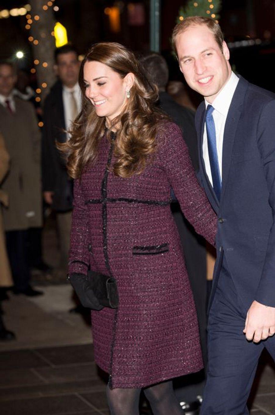 Kate, enceinte de son deuxième enfant, et William, le 7 décembre 2014