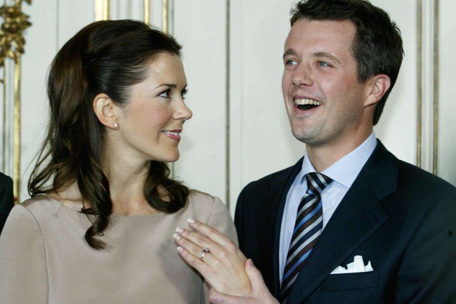 Le prince Frederik de Danemark et Mary Donaldson, le 8 octobre 2003