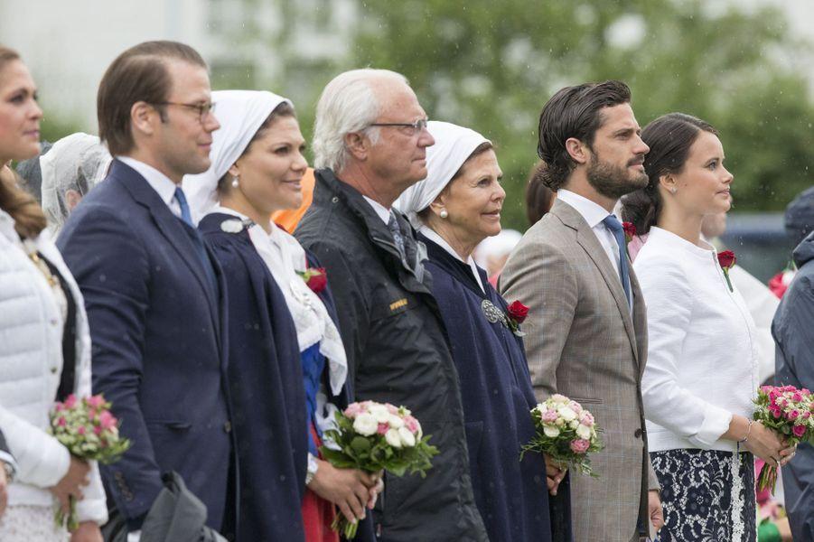 La famille royale de Suède au complet