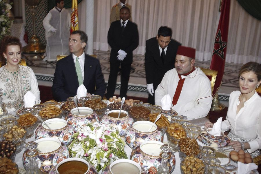Mohammed VI et Lalla Salma accueillent Felipe et Letizia