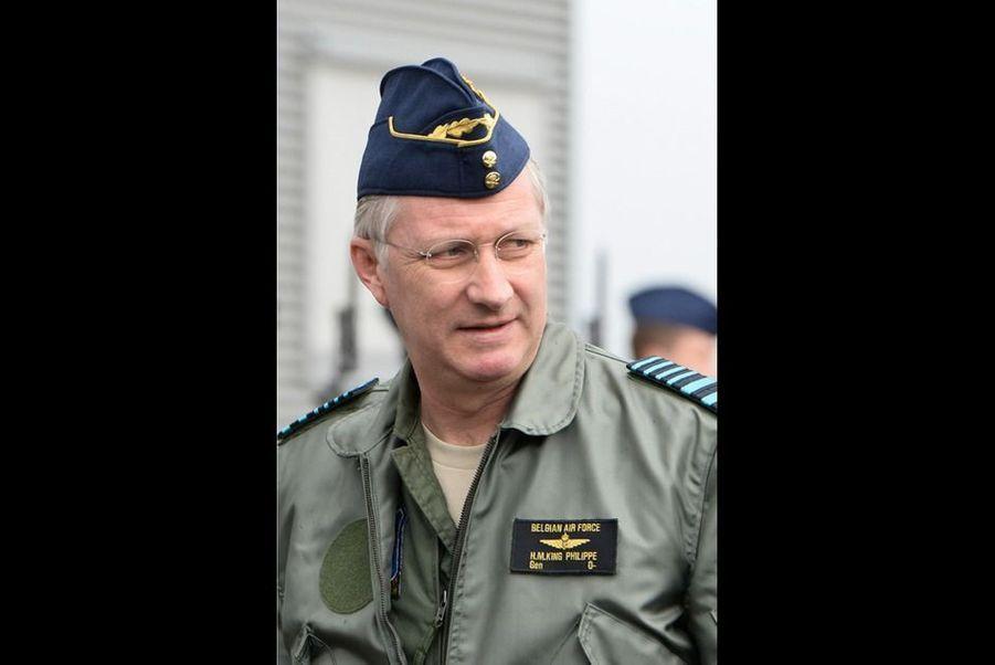 C'est avec un plaisir non dissimulé que ce mercredi 1 avril, le roi Philippe de Belgique s'est rendu à la base aérienne de Beauvechain. L'occasion pour lui de prendre les commandes d'un des nouveaux hélicoptères de l'armée belge.
