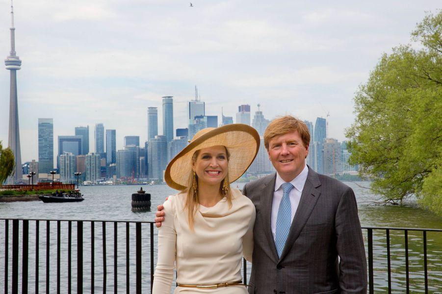 Pour le dernier jour de leur visite d'État au Canada, Maxima et Willem-Alexander des Pays-Bas ont mis le cap sur Toronto, ce vendredi 29 mai. Chaque dimanche, le Royal Blog de Paris Match vous propose de voir ou revoir les plus belles photographies de la semaine royale.