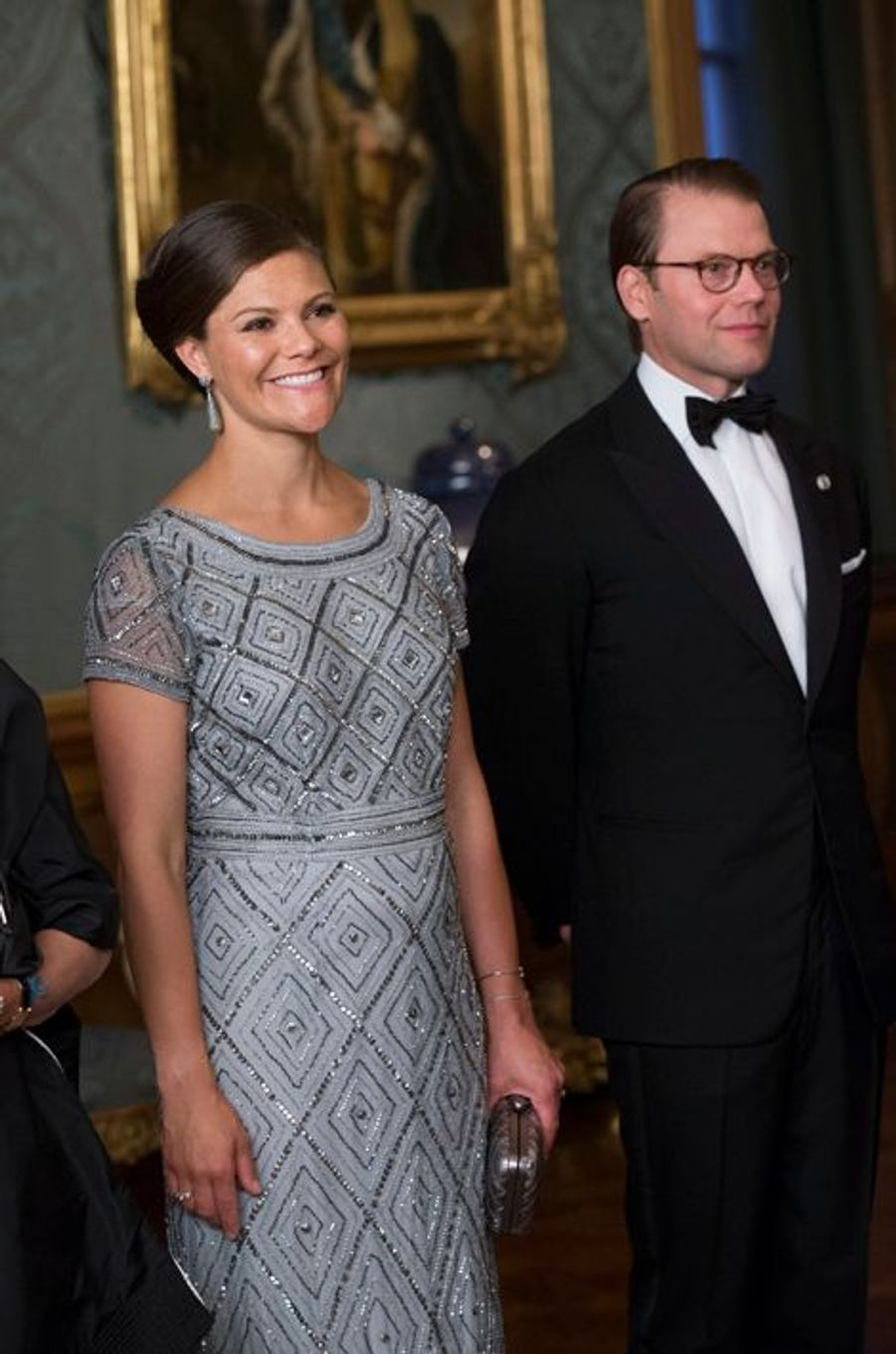 La famille royale a donné ce vendredi soir 4 septembre un «Diner de Suède» au palais royal de Stockholm. Et les invités avaient un sujet de conversation tout trouvé : l'annonce de la nouvelle grossesse de la princesse Victoria…Chaque dimanche, le Royal Blog de Paris Match vous propose de voir ou revoir les plus belles photographies de la semaine royale.