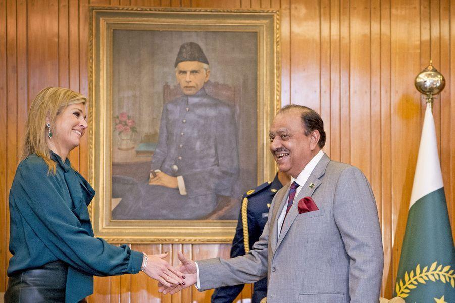Dernière journée au Pakistan pour la reine Maxima des Pays-Bas ce jeudi 11 février. L'occasion de rencontrer, entre autres, le président pakistanais Mamnoon Hussain à Islamabad.Chaque dimanche, le Royal Blog de Paris Match vous propose de voir ou revoir les plus belles photographies de la semaine royale.