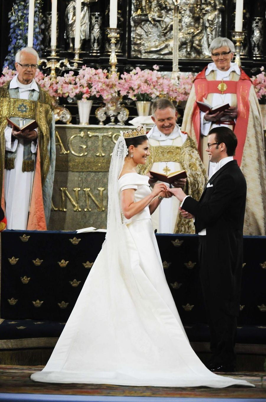 La princesse héritière Victoria de Suède et Daniel Westling (ici le 18 juin 2010) vont fêter en 2020 leurs 10 ans de mariage