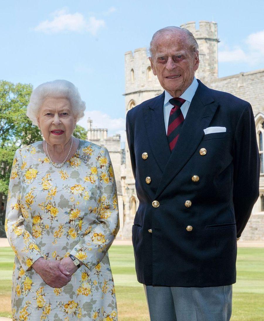 La reine Elizabeth II et le prince Philip (ici le 9 juin 2020) vont fêter respectivement leurs 95 et 100 ans en 2021