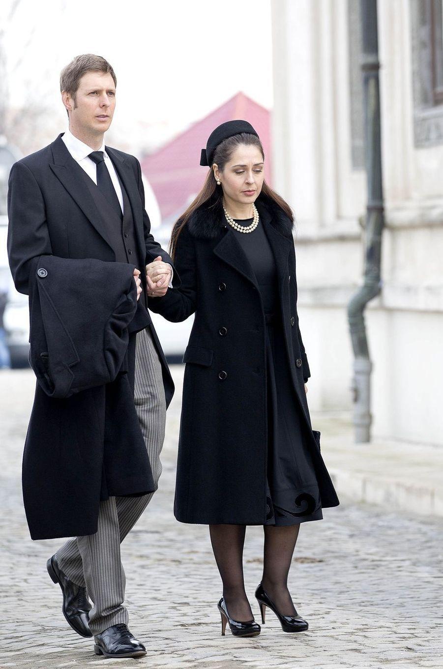 Le prince Leka d'Albanie et sa femme la princesse Elia aux obsèques de l'ex-roi Michel de Roumanie à Bucarest, le 16 décembre 2017