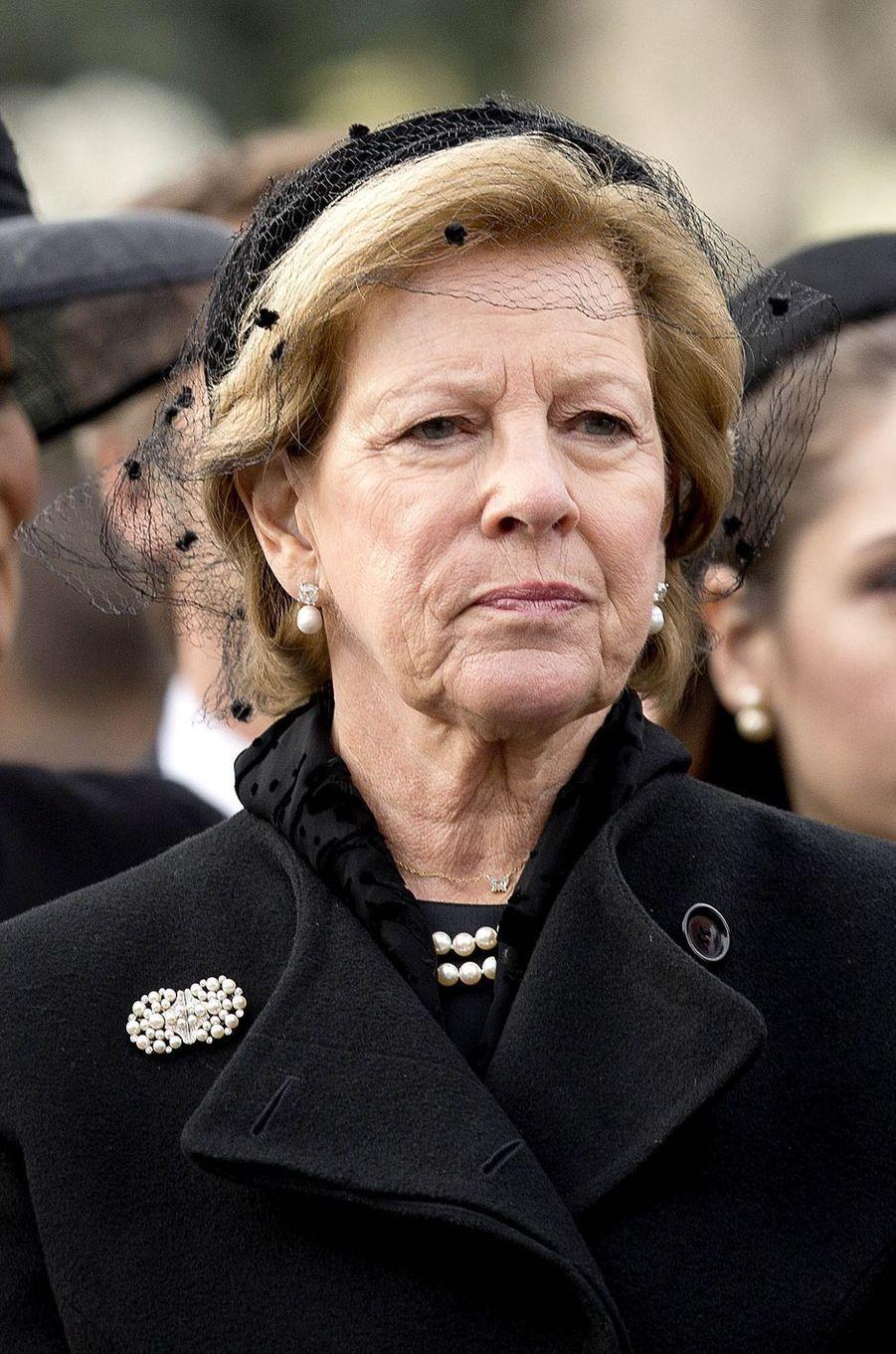 L'ex-reine Anne-Marie de Grèce aux obsèques de l'ex-roi Michel de Roumanie à Bucarest, le 16 décembre 2017