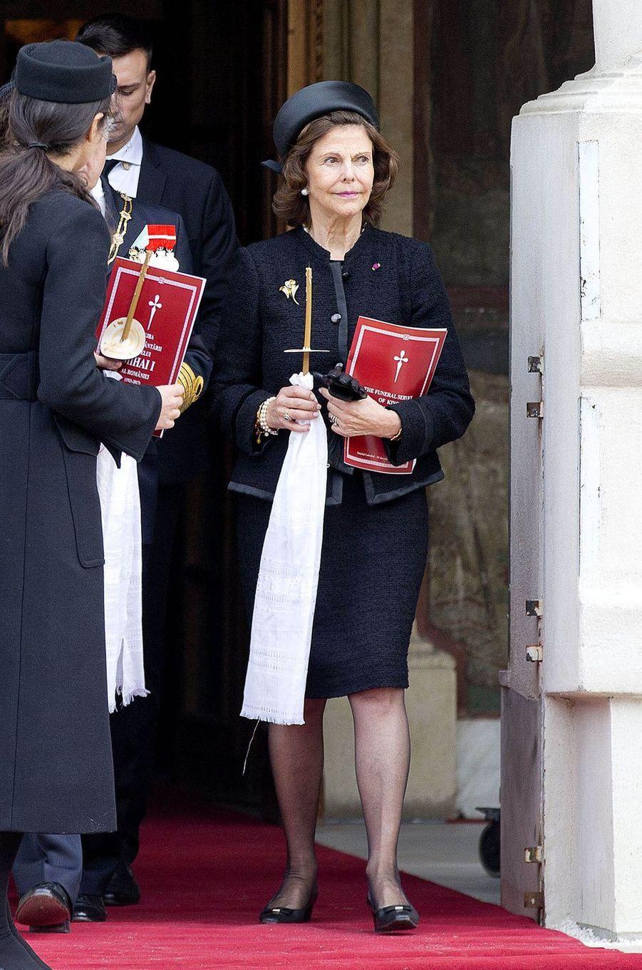 La reine Silvia de Suède aux obsèques de l'ex-roi Michel de Roumanie à Bucarest, le 16 décembre 2017