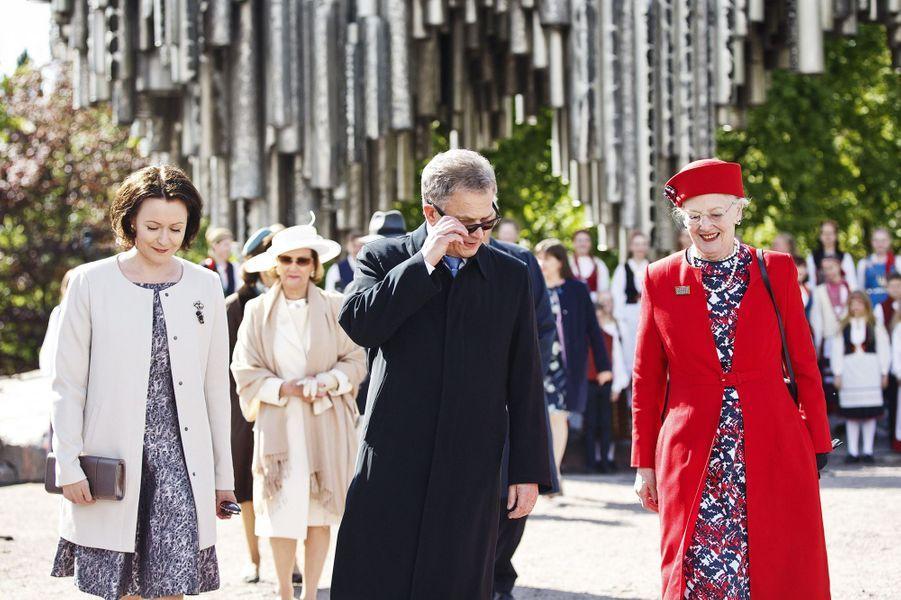 La reine Margrethe II de Danemark avec le couple présidentiel finlandais à Helsinki, le 1er juin 2017