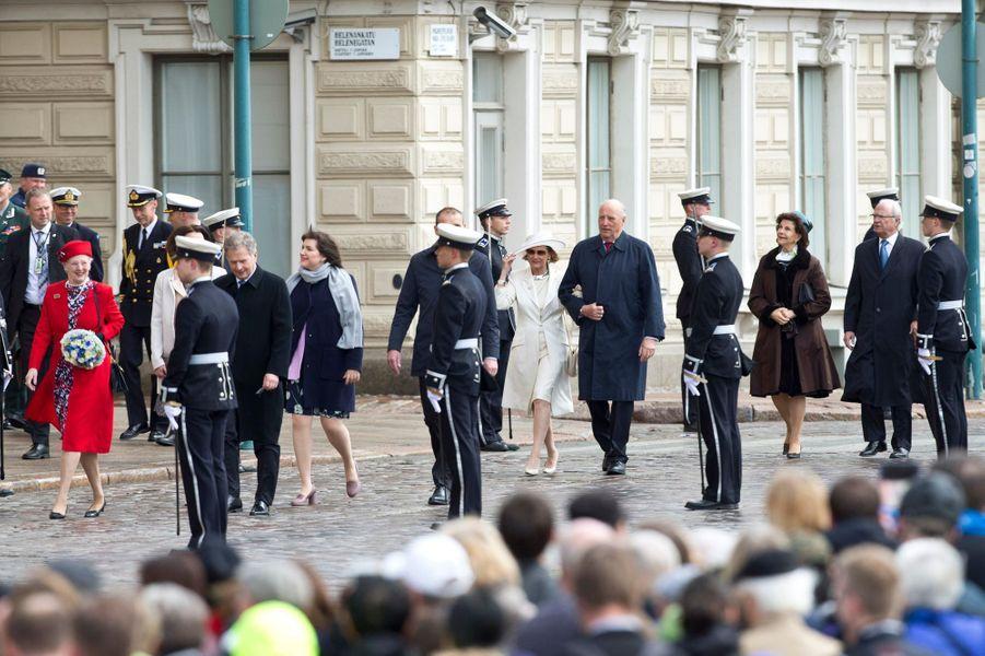 La reine Margrethe II de Danemark, la reine Sonja et le roi Harald V de Norvège, la reine Silvia et le roi Carl XVI Gustaf de Suède à Helsinki, le 1er juin 2017