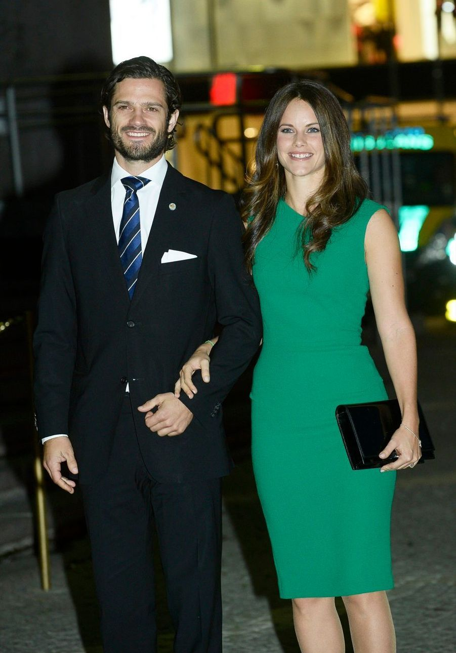 Le prince Carl Philip et Sofia Hellquist à la soirée de gala pour la rentrée du Parlement de Suède, le 30 septembre 2014