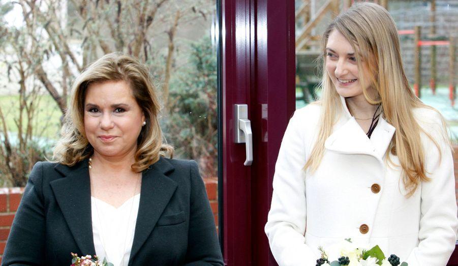La grande-duchesse de Luxembourg et sa belle-fille étaient de sortie mardi. Stéphanie et Maria Teresa sont allées visiter le centre d'accueil pour enfants de Schifflange.