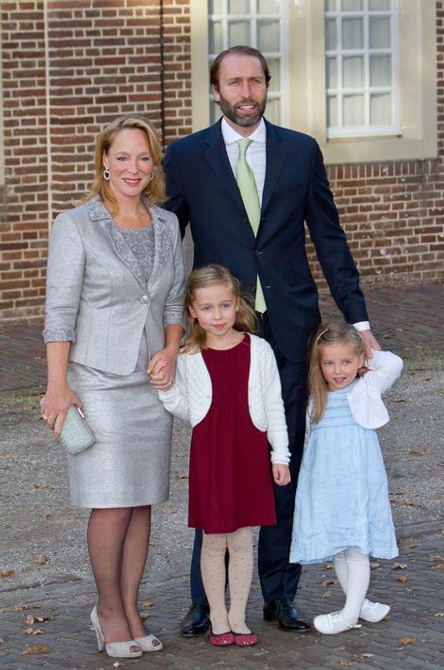 Le princesse Margarita de Bourbon-Parme, cousine de Floris, avec son mari et leurs enfants à Apeldoorn le 9 novembre 2014