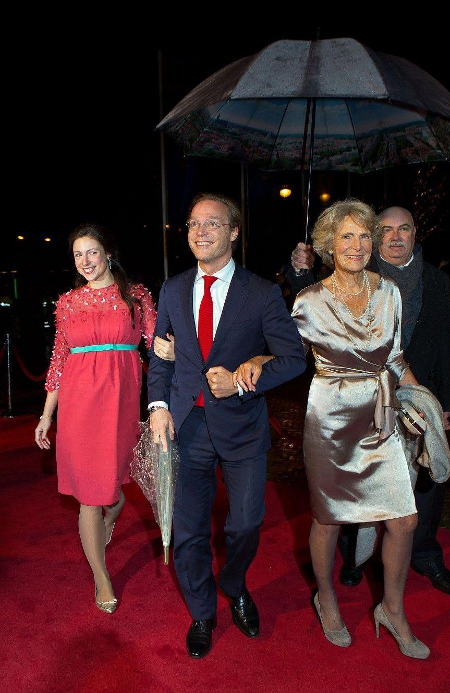Toute la famille royale fête le bicentenaire des Pays-Bas