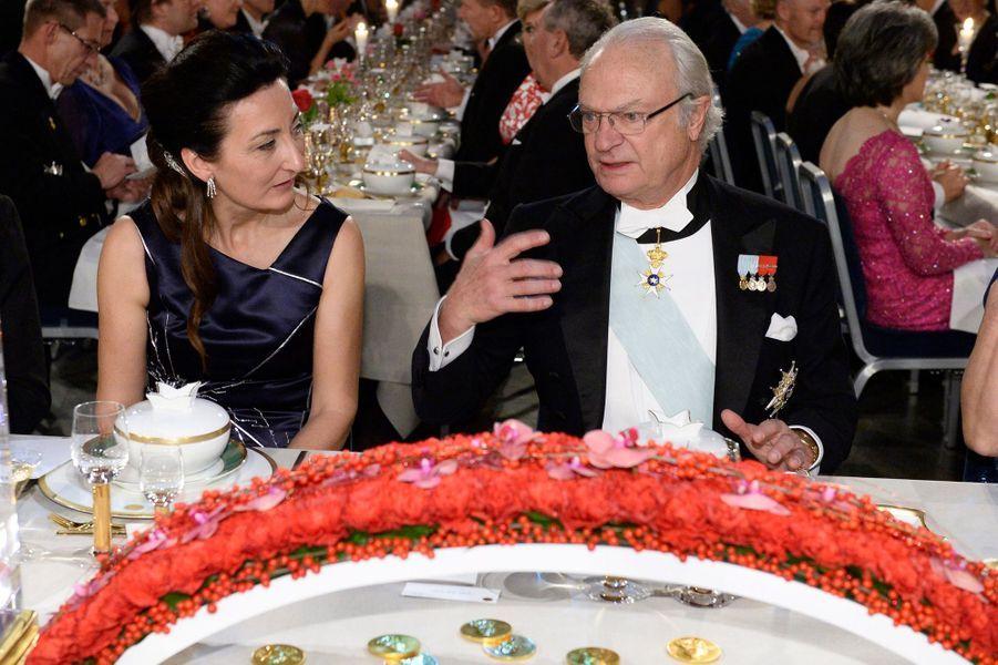 Le roi Carl XVI Gustaf au banquet des prix Nobel à Stockholm, le 10 décembre 2014