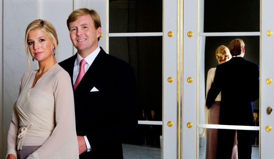 Au lendemain de l'annonce de l'abdication prochaine de la reine Beatrix, le Royal Blog de Paris Match vous présente la future famille royale : le futur roi Willem-Alexander, son épouse Maxima et leurs trois filles, Catharina-Amalia, Alexia et Ariane.