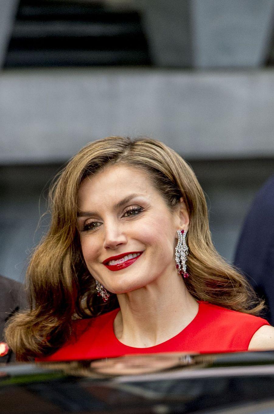La reine Letizia d'Espagne à La Haye, le 29 avril 2017