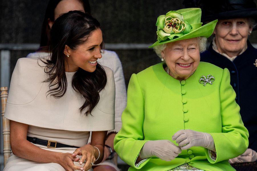 Meghan avec la reine Elizabeth II à Widnes le 14 juin 2018