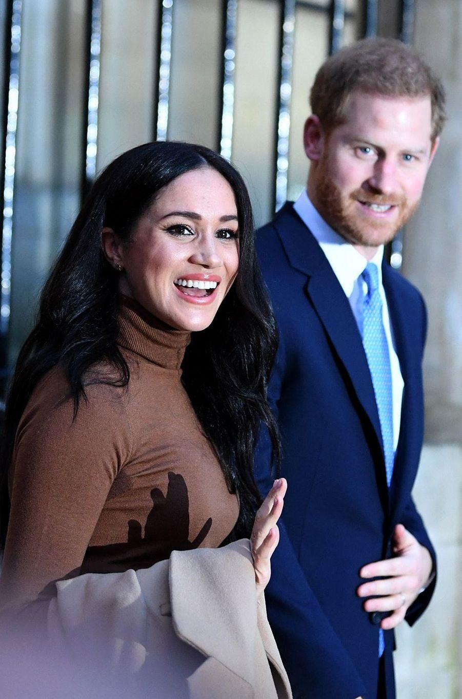 Meghan et Harry après leur visite à la Canada House à Londres le 7 janvier 2020. Le lendemain, ils annonçaient leur départ de la famille royale.